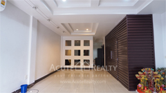 townhouse-for-sale-for-rent-sukhumvit-101