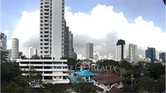 condominium-for-sale-baan-ananda-sukhumvit-61