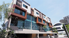 townhouse-for-sale-for-rent-sukhumvit-63-ekamai-22-