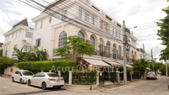 townhouse-for-sale-pradit-manutham