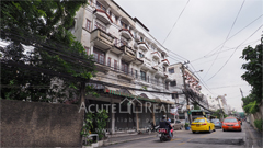 shophouse-for-sale-ratchadapisek-suthisarn