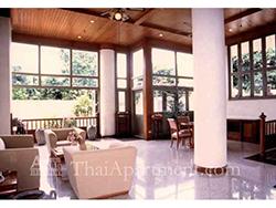 Suan Phinit Apartment image 3