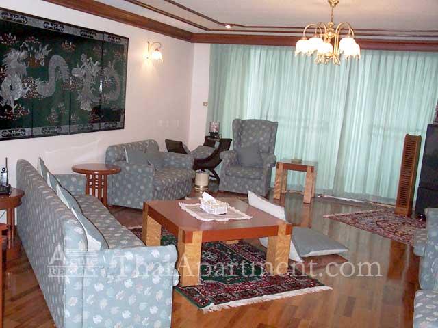 Bangkapi Mansion image 13