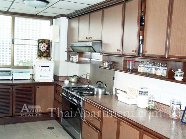 Bangkapi Mansion image 18