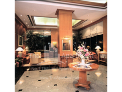 Abloom Exclusive Serviced Apartments ( Arasia Luecha Park ) image 1