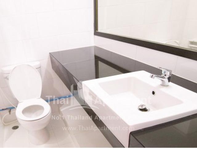 Sailom Apartment image 13