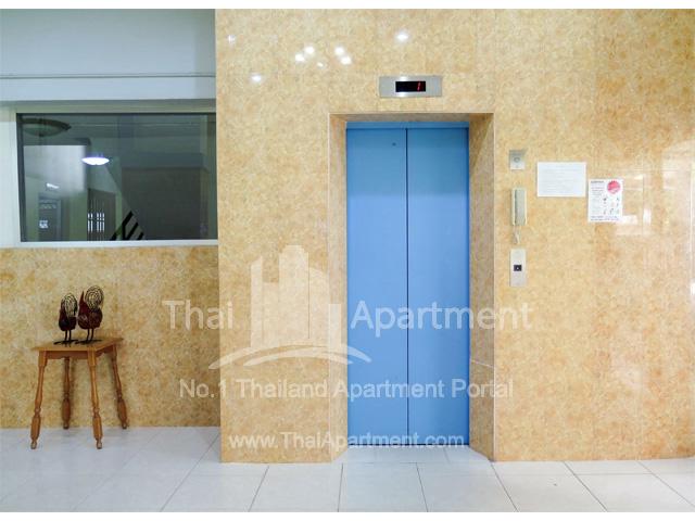 Tulip Apartment image 14