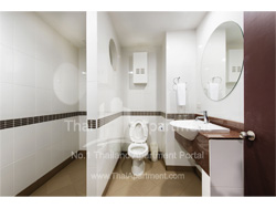Capital Mansion Executive Living Suites image 15