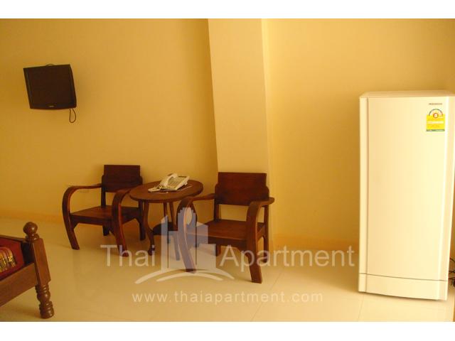 Mine Sasri Apartment image 12
