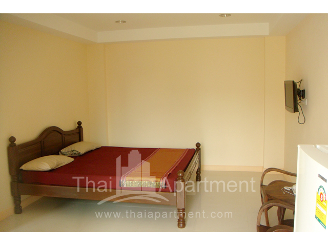 Mine Sasri Apartment image 13
