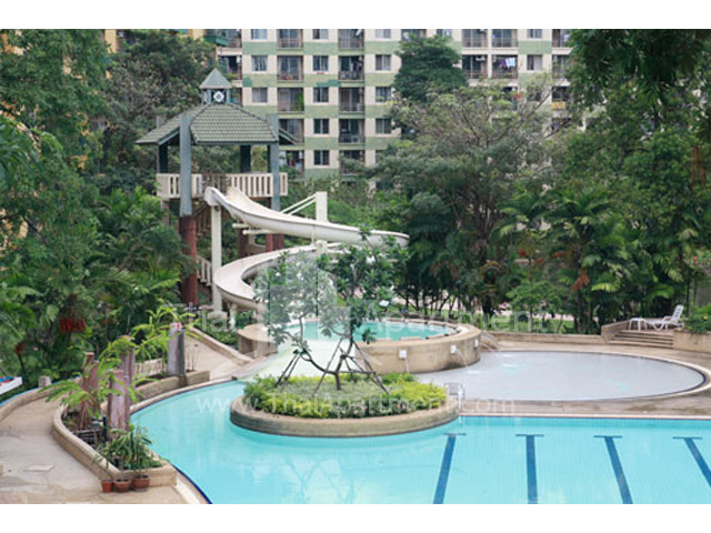 Parkland Mansion image 5