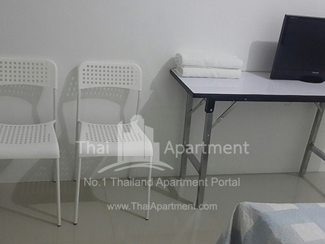 BKK by Ploy House ( Suthisarn MRT ) image 5