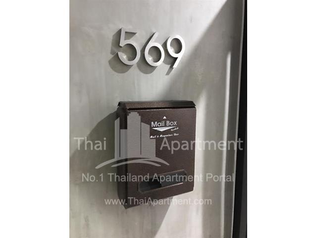 569 House image 8