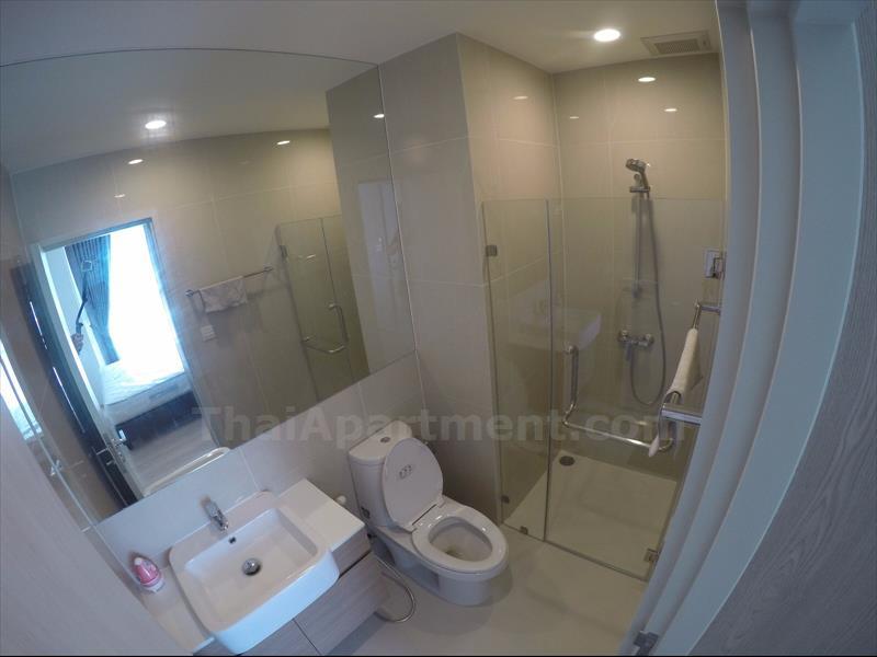 condominium-for-rent-noble-revolve-ratchada-2