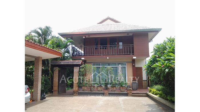House  for sale Sansai image3