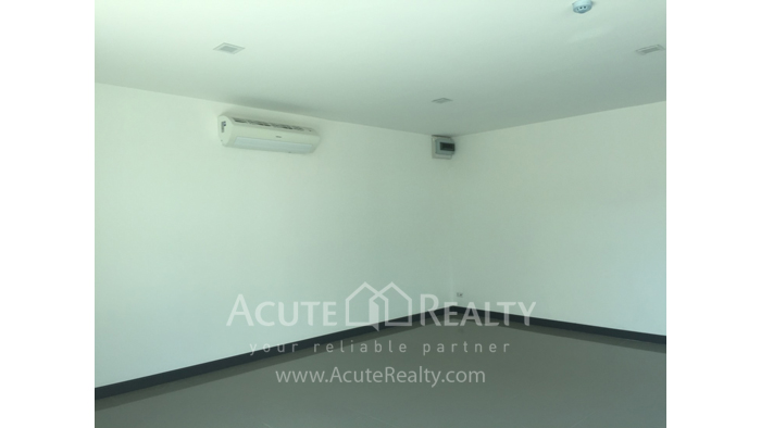 Condominium  for sale Stylish Chiang Mai Condominium Klong Chonprathan Road image3