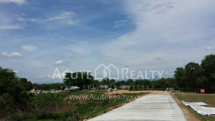 Land  for sale Nam Phare, Hang Dong, Chiang Mai image4