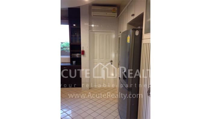 House  for sale Hang Dong image3