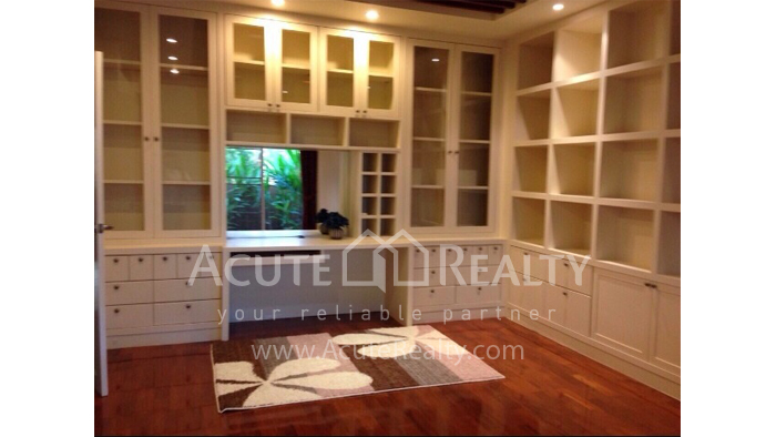 House  for sale Hang Dong image6