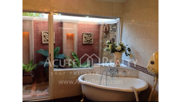 House  for sale Hang Dong image9