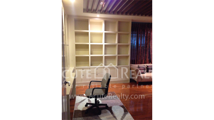 House  for sale Hang Dong image31