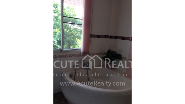 House  for sale Hang Dong image35
