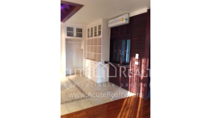House  for sale Hang Dong image47