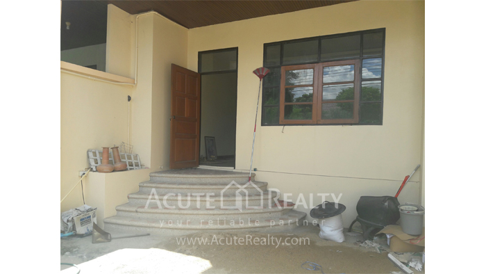 Townhouse  for sale Mae Rim, Chiang Mai image1