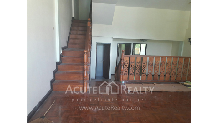Townhouse  for sale Mae Rim, Chiang Mai image2