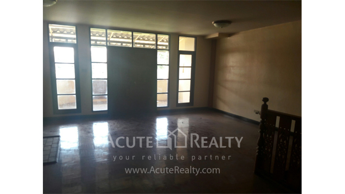 Townhouse  for sale Mae Rim, Chiang Mai image3