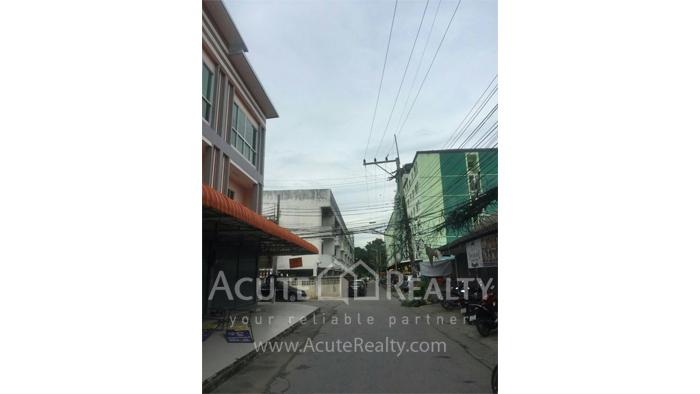 Shophouse  for sale Nong Pa Khrang image1