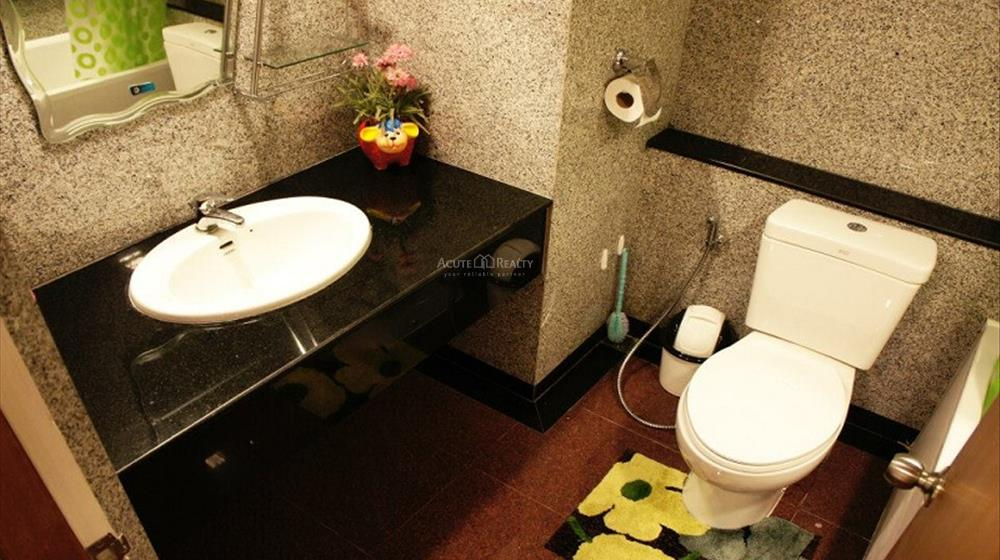 Condominium  for rent Hillside Plaza & Condotel 4 Huay Kaew Rd. image6