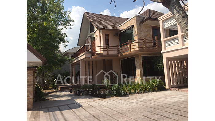 House  for sale & for rent Chet Yod Rd., Changpuak image4