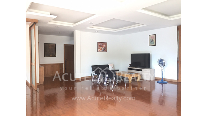 House  for sale & for rent Chet Yod Rd., Changpuak image7