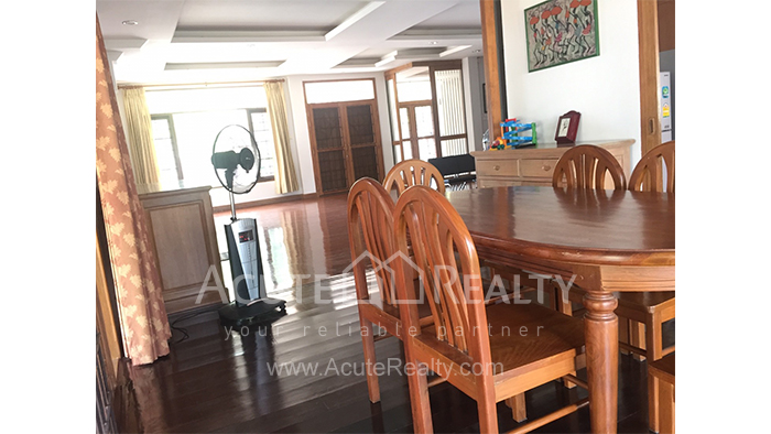 House  for sale & for rent Chet Yod Rd., Changpuak image8