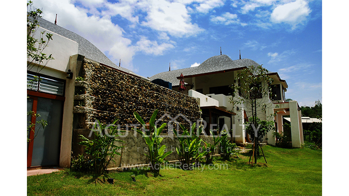 House  for sale & for rent Mae Rim - Samoeng Rd. image1