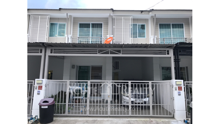 Townhouse  for sale & for rent Mae Hia image0