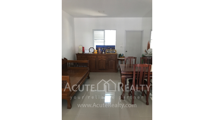Townhouse  for sale & for rent Mae Hia image3