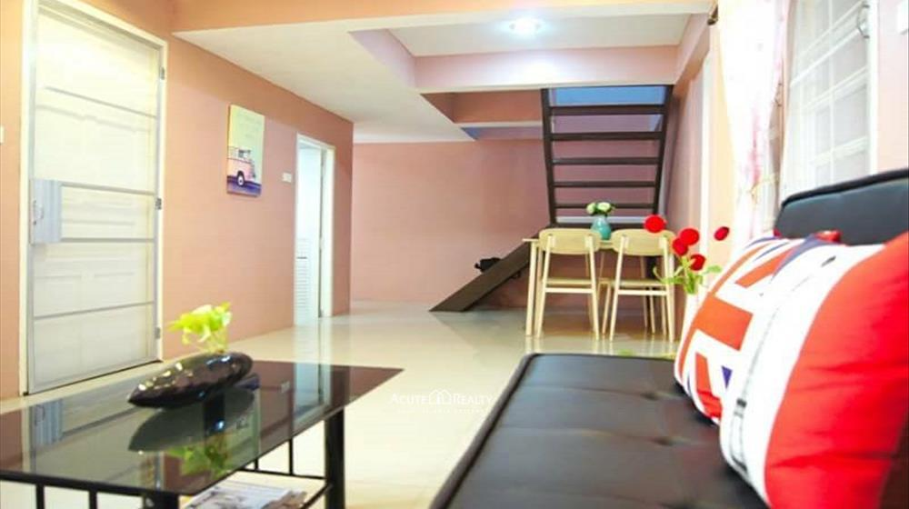 Townhouse  for sale Suthep image1