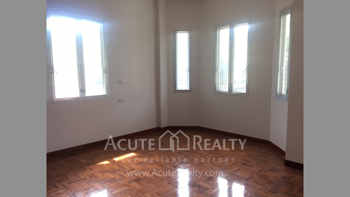 House  for sale Nong Kwai image4