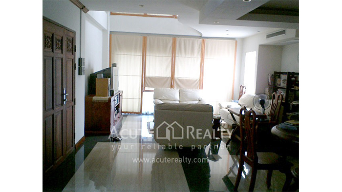 House, Home Office, Office Building  for sale & for rent Sathorn image2