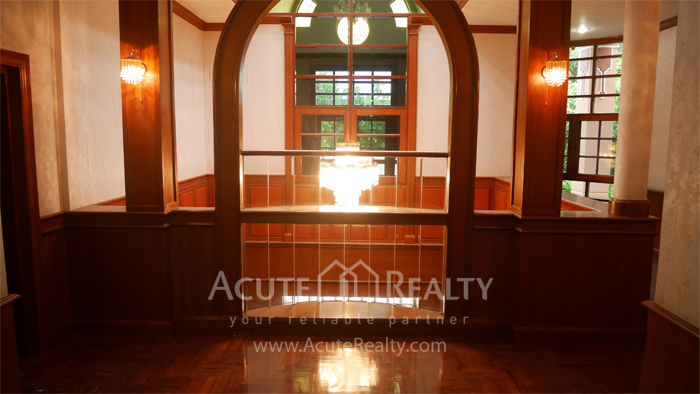 House  for sale Bangna Trad image1