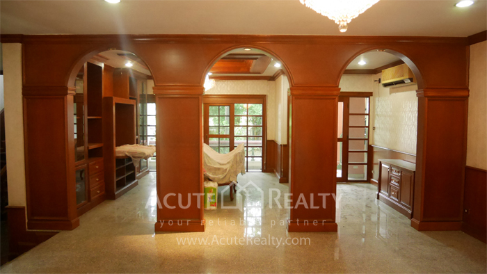 House  for sale Bangna Trad image3