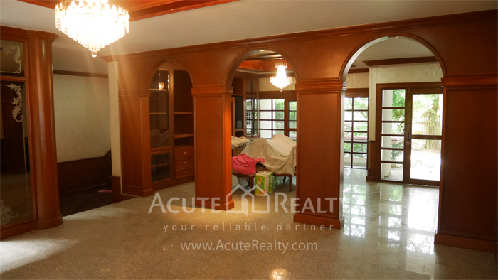 House  for sale Bangna Trad image4