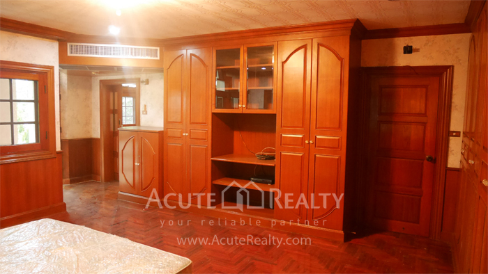 House  for sale Bangna Trad image9
