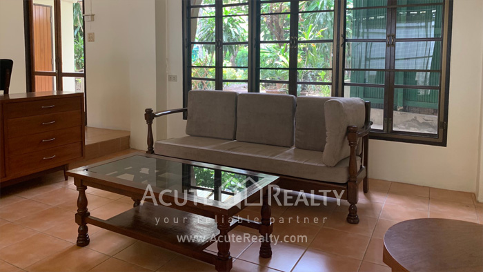 House  for rent Sarasin Road  image3
