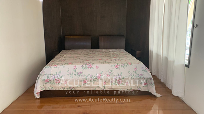 House  for rent Sarasin Road  image4