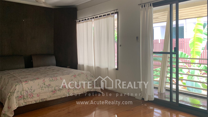 House  for rent Sarasin Road  image5