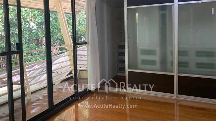 House  for rent Sarasin Road  image7