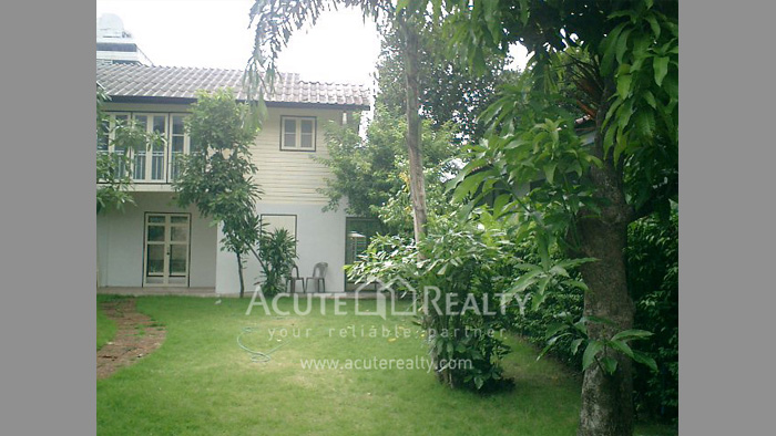 House  for rent Sarasin Road  image9